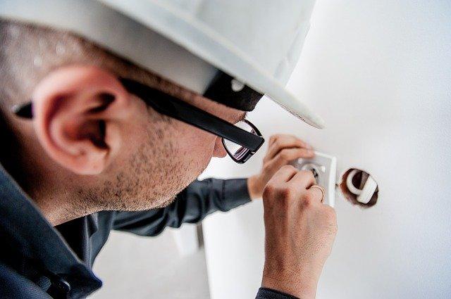 Apprenez à connaitre le métier d'électricien